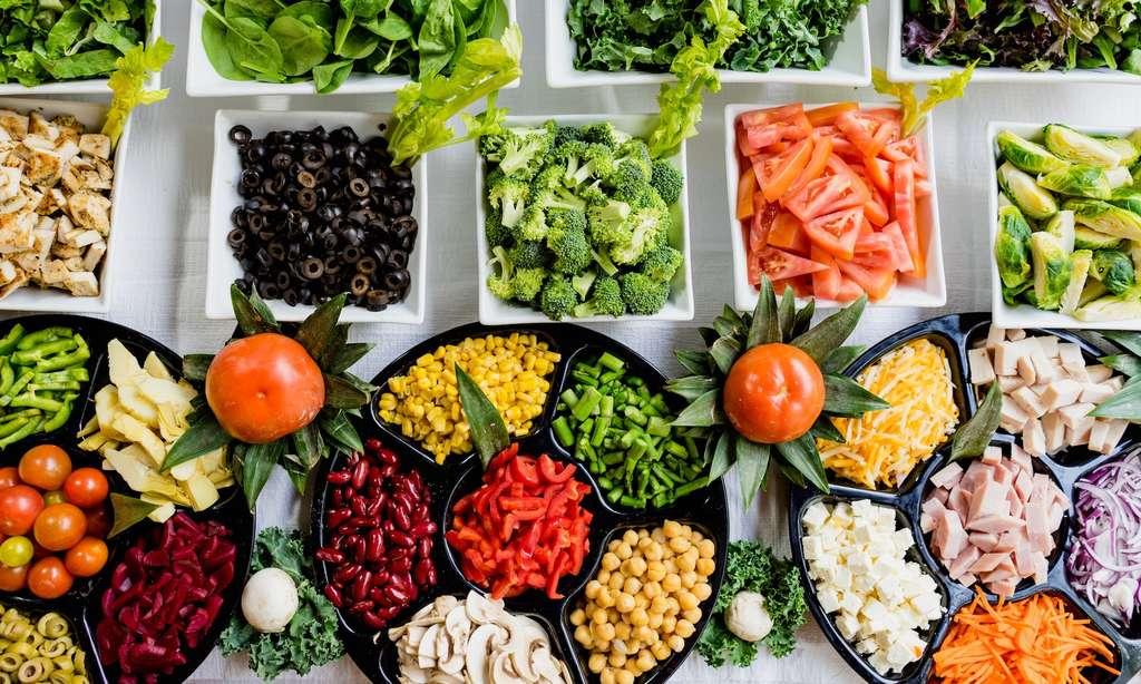 Le flexitarisme encourage à consommer une grande variété d'aliments et parmi eux, beaucoup de fruits et de légumes. © Dan Gold, Unsplash