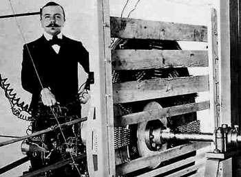 Le français Marius Paul Otto, première personne à avoir industrialisé la production d'ozone avec sa société 'Compagnie des Eaux et de l'Ozone' pour la désinfection de l'eau.