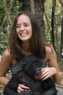 Vanessa Woods, une scientifique australienne en visite au sanctuaire Lola Ya Bonobo. © DP
