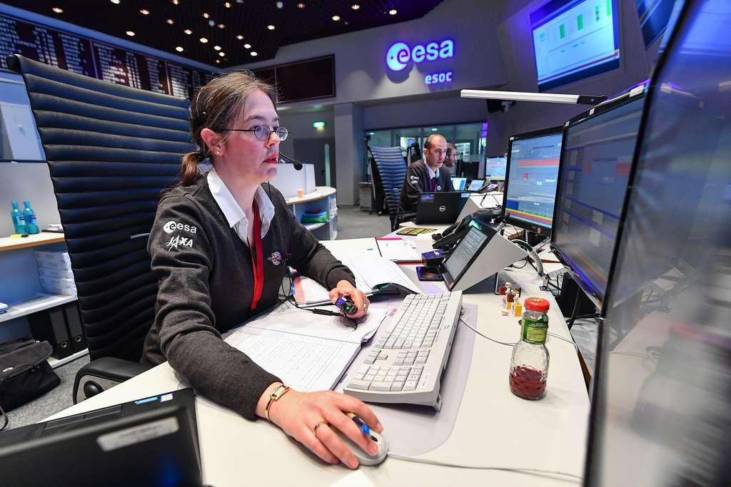 Elsa Montagnon, manager française à l'ESA et responsable des Opérations de vol de BepiColombo vers Mercure au Centre européen des opérations spatiales à Darmstadt de l'ESA (ESOC). © ESA