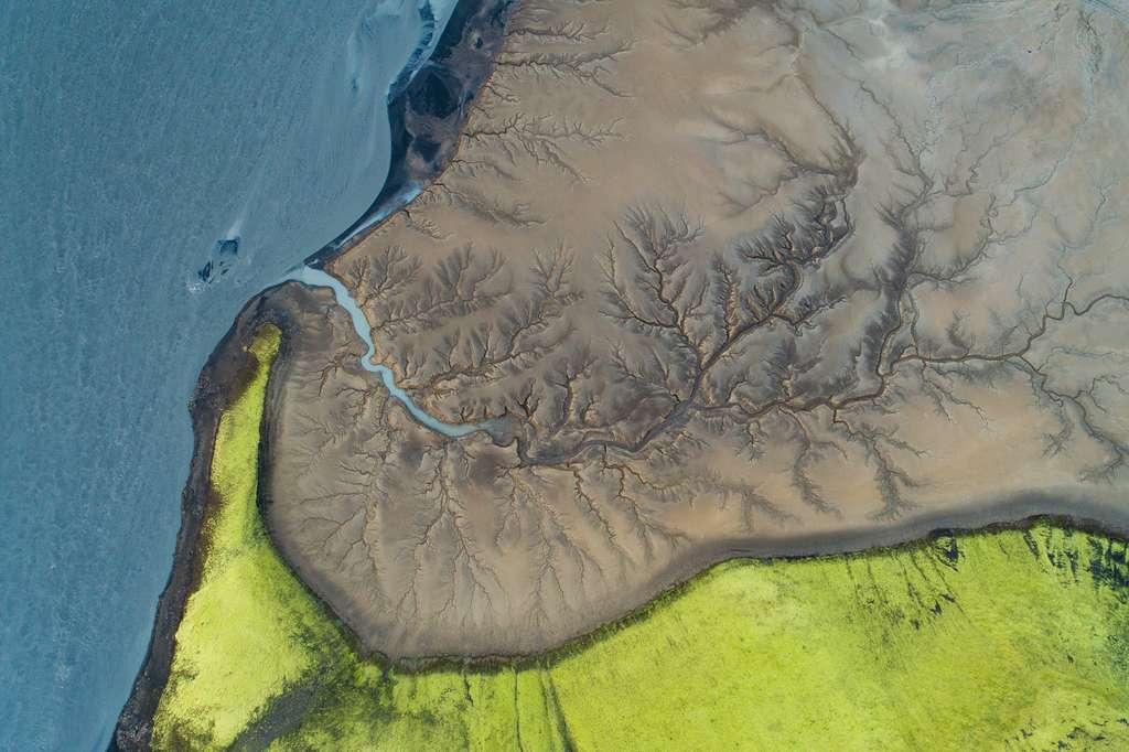 Islande : étonnant paysage vu du ciel