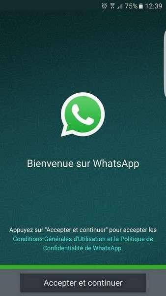 La mise à jour des conditions d'utilisation de WhatsApp active par défaut le partage du numéro de téléphone avec Facebook. © Futura