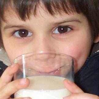 L'allergie au lait de vache tend à disparaître lorsque l'enfant grandit. © M.-C. Jacquier, tous droits réservés