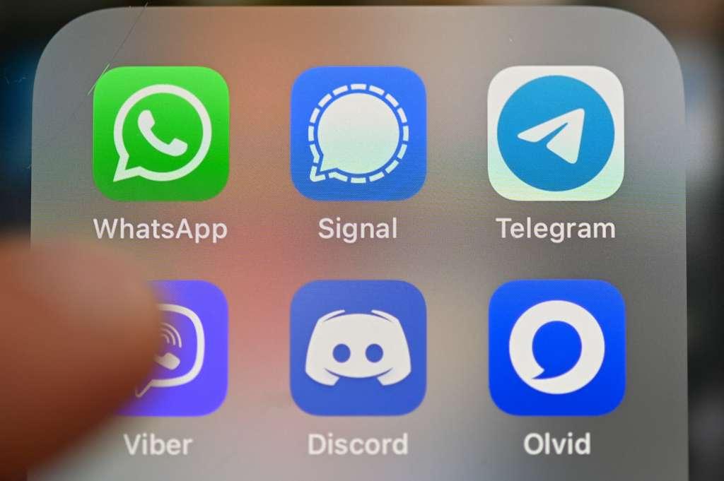 L'application Olvid innove en supprimant l'annuaire centralisé d'utilisateurs, censé permettre une sécurisation maximale des conversations. © Damien Meyer, AFP