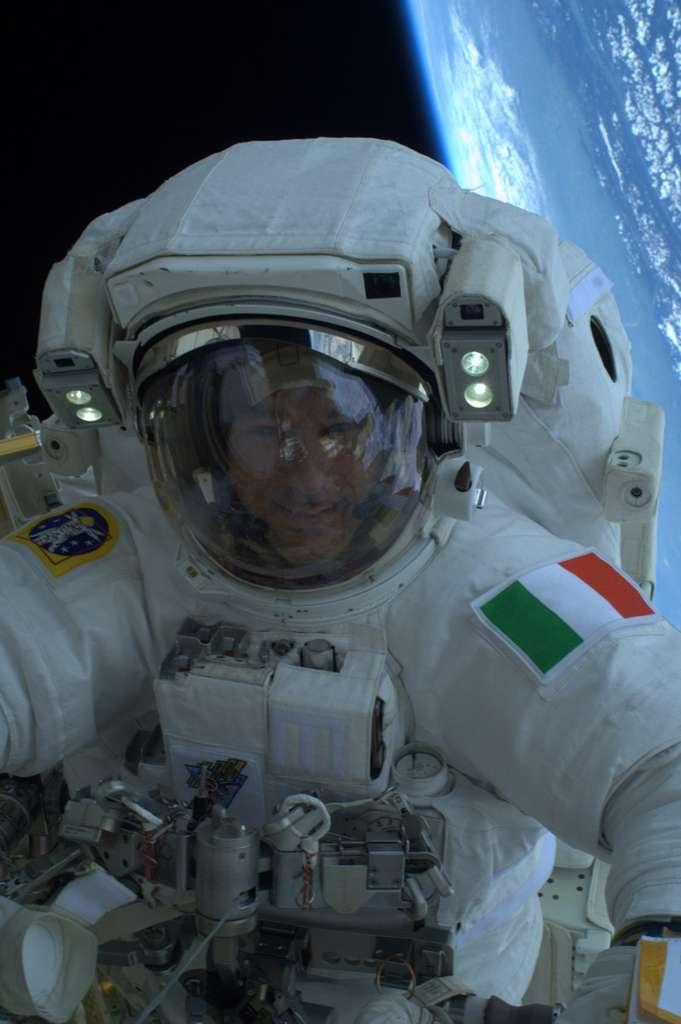 Luca Parmitano est devenu le premier astronaute de nationalité italienne à sortir dans l'espace. © Nasa