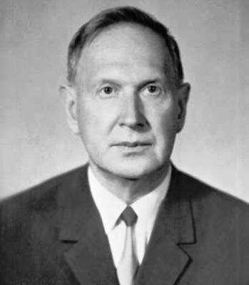 Moisey Alexandrovich Markov (1908-1994) était un physicien théoricien russe marquant dont les travaux portaient aussi sur la physique des particules élémentaires et ses relations avec l'astrophysique. Il est le premier à avoir suggéré d'étudier les neutrinos cosmiques avec des détecteurs installés sous l'eau. © Institute for Nuclear Research of the Russian Academy of Sciences