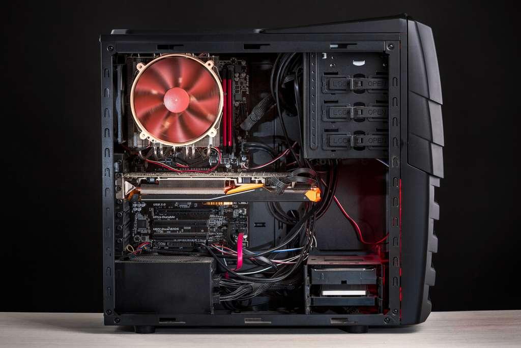Une bonne circulation de l'air évitera la surchauffe de votre boîtier PC gamer. © RuslanKphoto, Adobe Stock