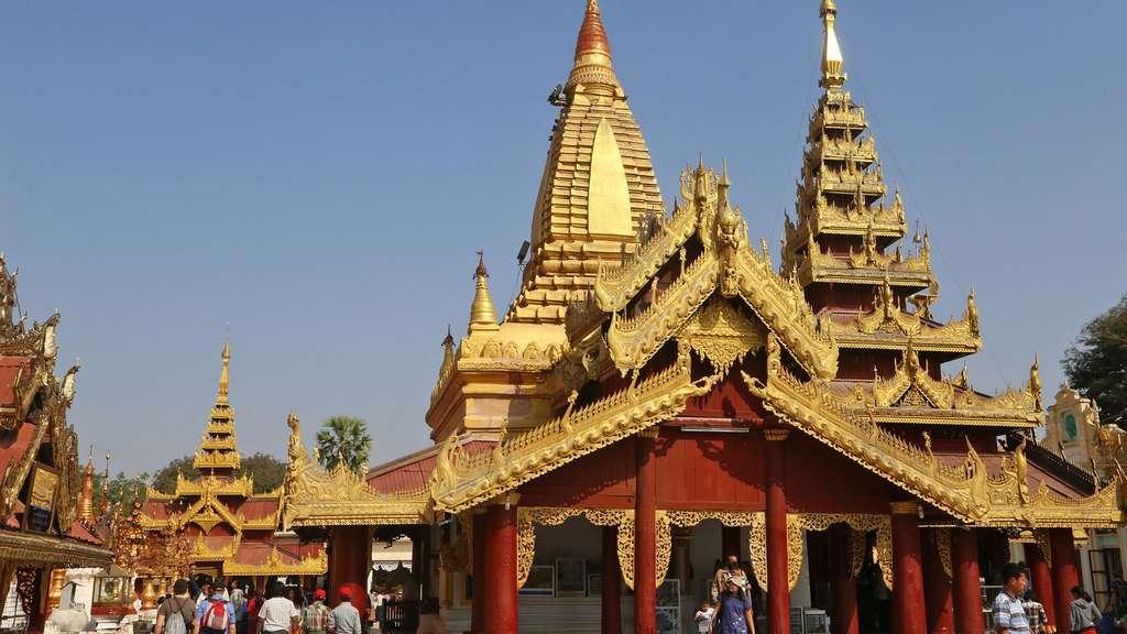 Temple à Bagan, un superbe site archéologique bouddhique