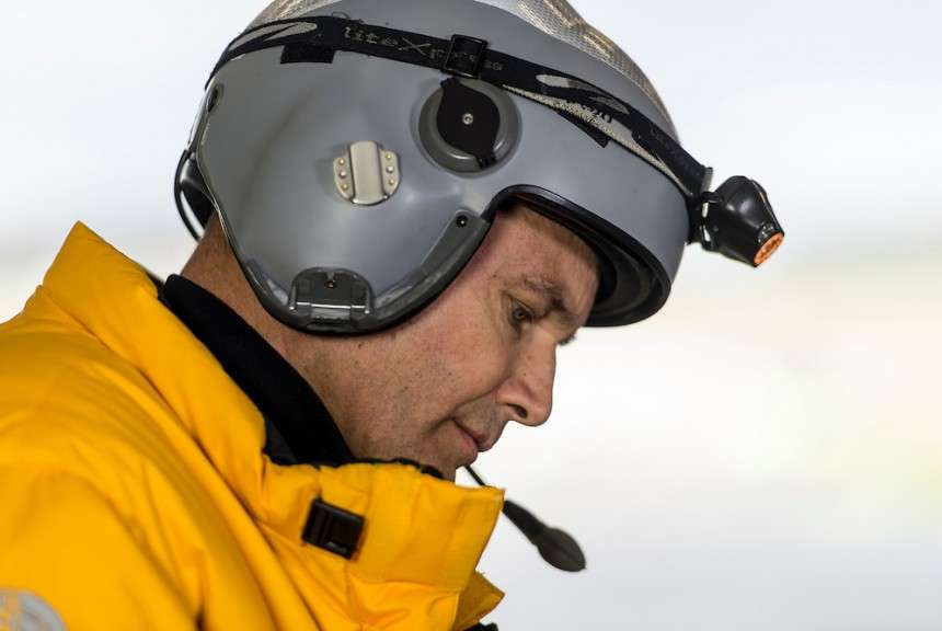 Bertrand Piccard installé dans le cockpit du SI2 pour son deuxième vol. © Solar Impulse, Rezo.ch