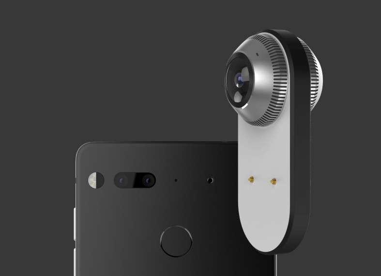 Le smartphone PH-1 conçu par Andy Rubin dispose d'un système de fixation magnétique pour recevoir des modules externes. Le premier produit disponible au lancement est une caméra 360 degrés. © Essential