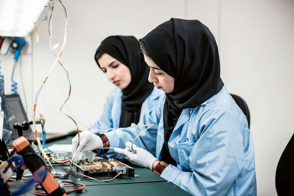 L'équipe scientifique de la mission compte par ailleurs 90% de femmes. © United Arab Emirates Space Agency