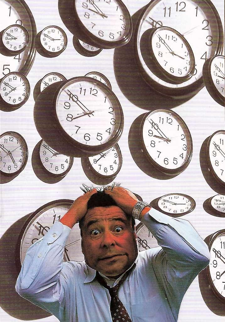 Lorsque l'on voyage à travers plusieurs fuseaux horaires, il est souvent assez difficile de remettre ses pendules à l'heure. Insomnies, réveils difficiles, fringales nocturnes, etc. : les premiers jours loin de sa routine peuvent relever du cauchemar. © Heart Industry, Flickr, cc by nc 2.0