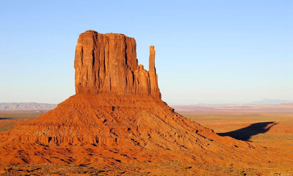 Monument Valley, le plus célèbre West Mitten, en plein soleil. © Antoine - Tous droits réservés
