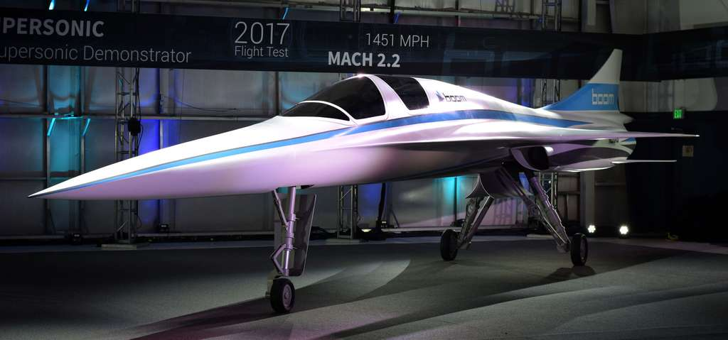 Le prototype XB-1, qui ne vole pas encore. Cet engin à aile delta de 5 m d'envergure n'a que deux places et devra tester les technologies permettant de voler durablement à plus de deux fois la vitesse du son. © Boom