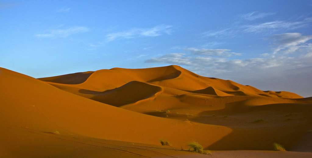Dans le désert du Sahara comme ailleurs, le secret du remodelage des dunes réside dans l'entropie de configuration de ces gigantesques tas de sable. © Antonio Cinotti, Flickr, CC by-nc-nd 2.0
