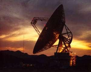 Le radiotélescope de Goldstone, en Californie, utilisé par le réseau DSN (Deep Space Network) du JPL. Crédit : JPL.