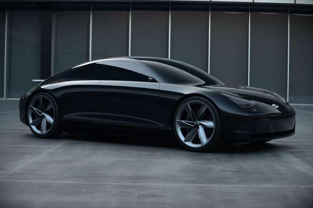 Le concept-car Prophecy présenté au printemps servira de base à la berline Ioniq 6 attendue en 2022. © Hyundai