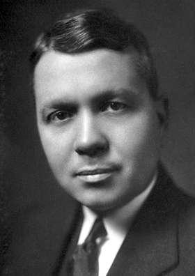 Le prix Nobel de chimie Harold Urey a été l'un des premiers cosmochimistes à établir la composition chimique moyenne de la Voie lactée. © DP, Wikipédia