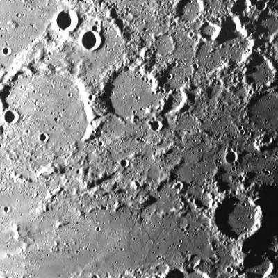 Cratère Mouchez