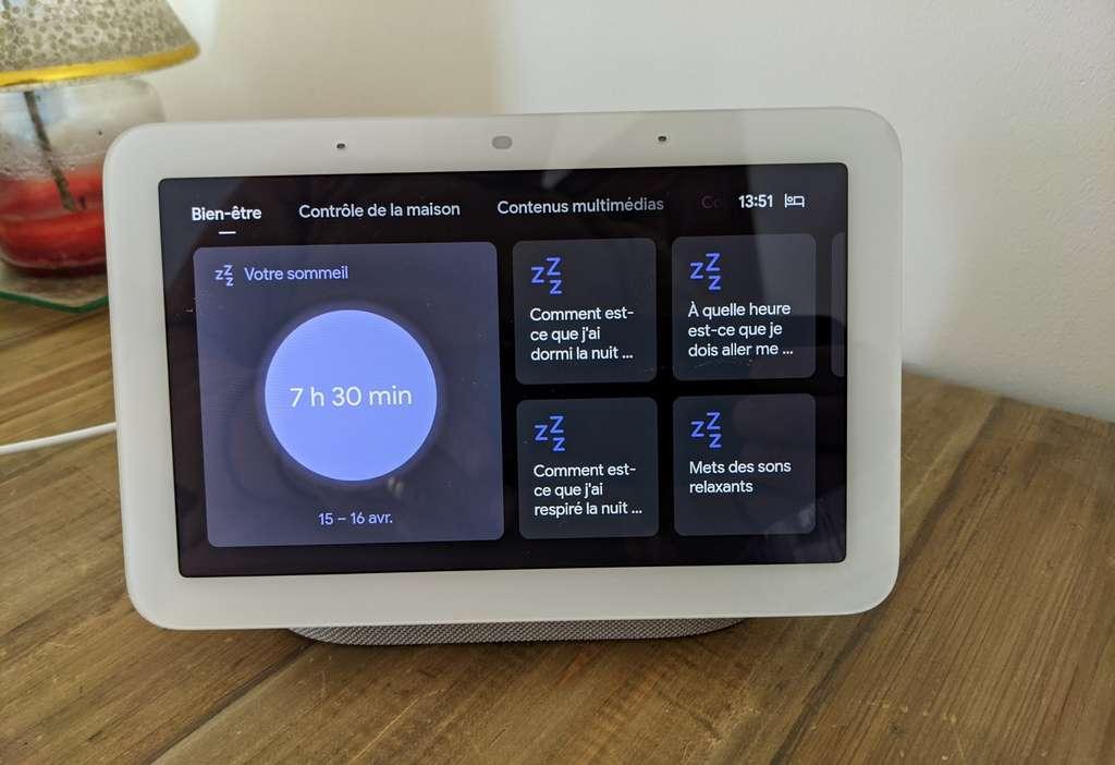 On peut interroger l'Assistant Google sur la nuit que l'on vient de passer ou consulter le compte rendu sur l'écran du Nest Hub. © Marc Zaffagni