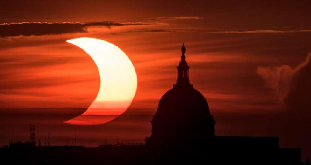 Éclipse partielle du Soleil du 10 juin 2021 photographiée à Arlington, en Virgine. © Nasa, Bill Ingalls