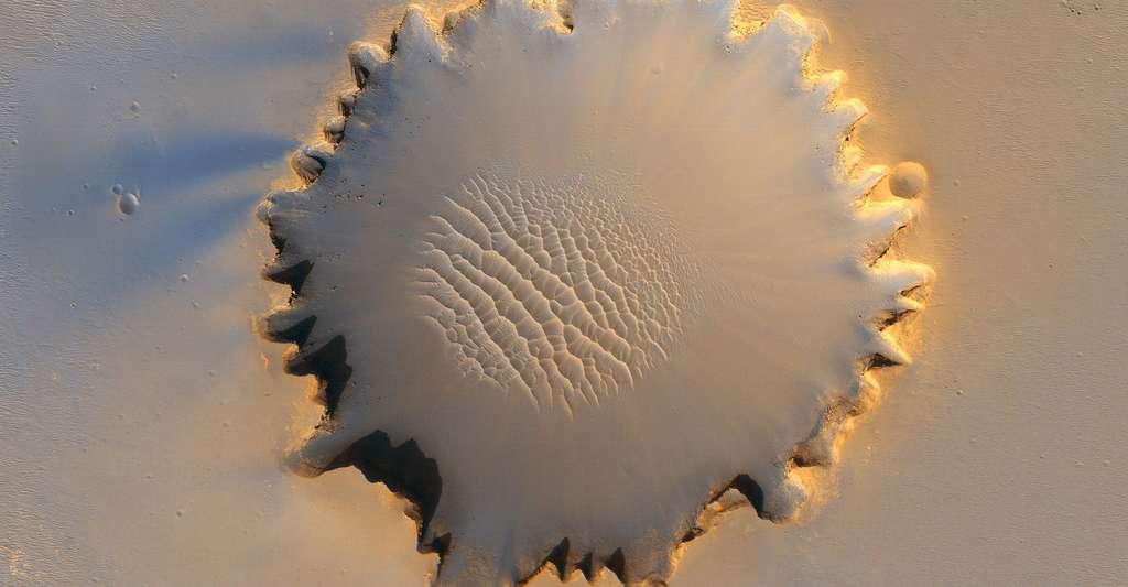 Le cratère Victoria. © NASA/JPL/University Arizona, DP