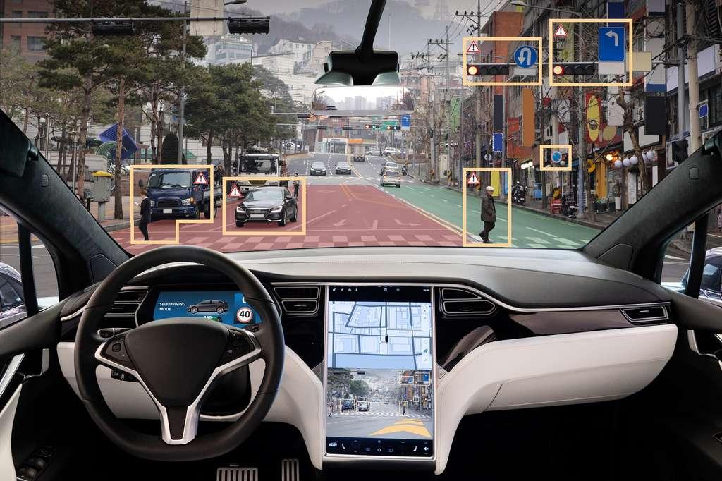 Bardées d'électronique et d'intelligence artificielle, les voitures autonomes ont pour objectif d'améliorer la sécurité des personnes, qu'il s'agisse des conducteurs ou des usagers de la route. © scharfsinn86, Adobe Stock.