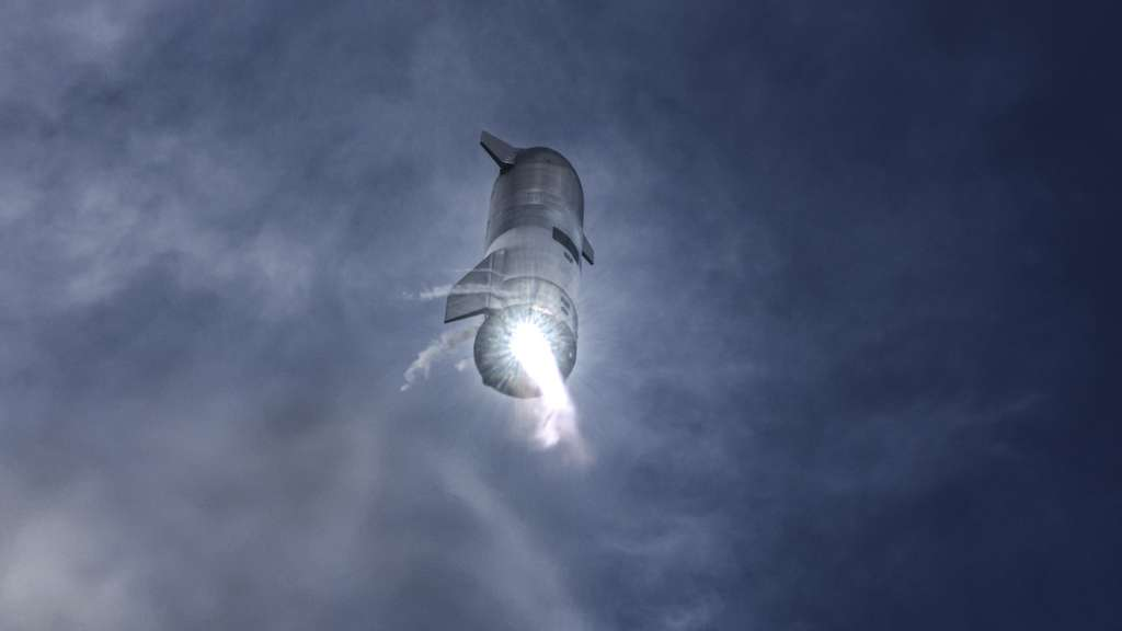SpaceX est prêt pour un essai en vol du prototype SN15 de Starship. Ici, le SN10 qui, en mars dernier, avait explosé au sol, environ huit minutes après son atterrissage ! © SpaceX