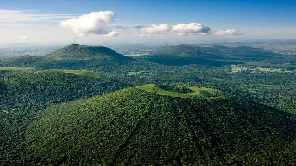 France : le Haut lieu tectonique Chaîne des Puys - Faille de Limagne