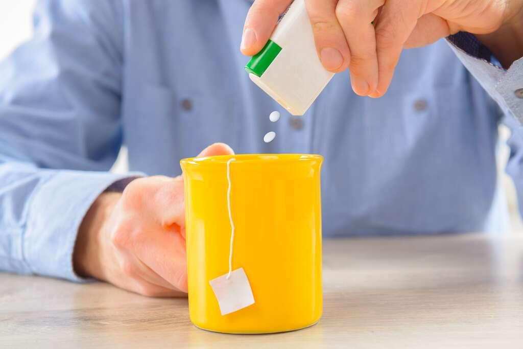 De plus en plus d'études suggèrent que la consommation exacerbée et chronique de sucres et d'édulcorants en tout genre pourrait avoir un impact sur le comportement de notre écosystème intestinal. © Monika Wisniewska, Adobe Stock
