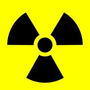 Ce symbole signale un danger radioactif. © Sarang, Wikimedia Commons, DP