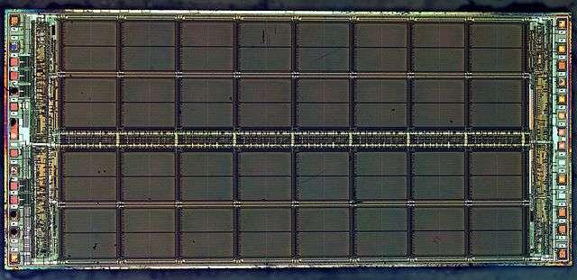 C'est au cœur d'un certain type de DRam (DDR3) que les experts de Google sont allés provoquer le bug dit rowhammer qui leur a permis de gagner une élévation de privilèges sur un système d'exploitation Linux 64-bits et le navigateur Google Chrome. © ZeptoBars, CC BY 3.0