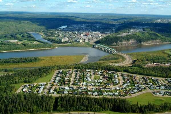 La région de Fort McMurray, au Canada, connue pour abriter la plus grande réserve de sable bitumineux au monde, connaît un climat subarctique. © Regional Municipality of Wood Buffalo, Wikipedia, CC by 2.5