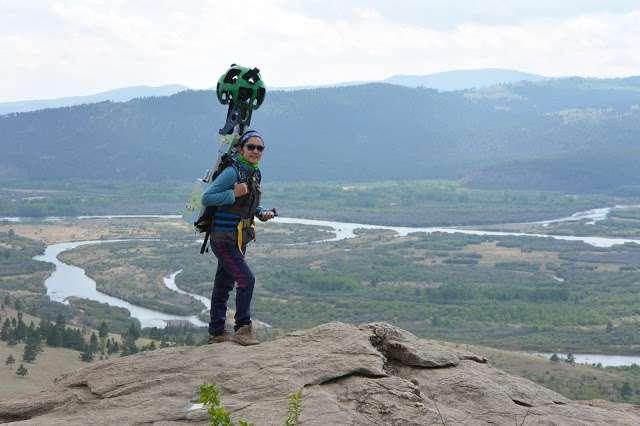 En Mongolie, 80 % de la collecte des photos panoramiques Street View s'est faite sur des chemins, les opérateurs portant le matériel sur le dos. © Google