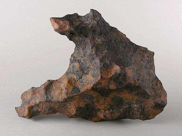 Un échantillon de la météorite de Canyon Diablo. © cc by sa 25 Geoffrey Notkin