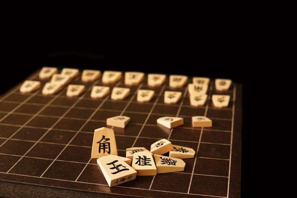 Le shogi est une variante des échecs pratiquée au Japon. © Estivillml, Fotolia