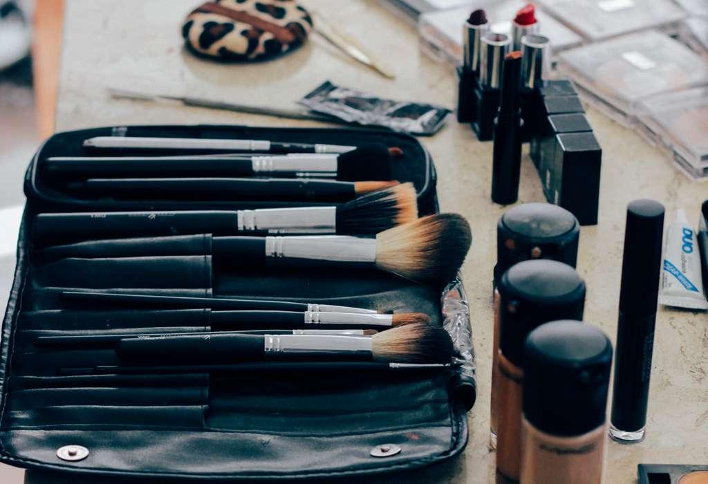 Prenez garde à votre maquillage, il pourrait être contaminé par des bactéries. © CC 1.0 Public Domain