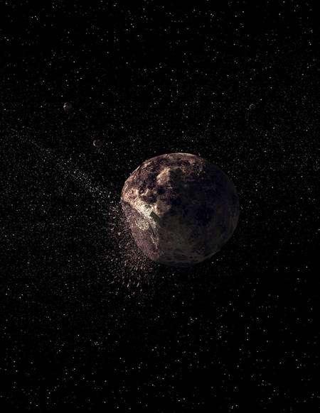 Une vue d'artiste d'une collision entre Pallas et un petit corps céleste éjectant des débris à l'origine de la familles des astéroïdes qui lui sont restés associés. Crédit : Science