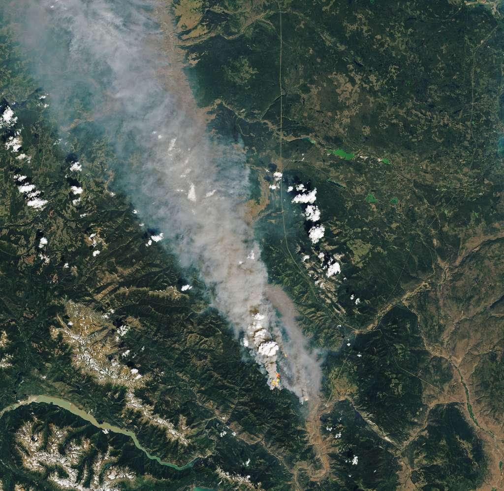 Des images folles des incendies en Colombie-Britannique (Canada) capturées par les satellites ce 30 juin 2021. © Nasa, Earth Observatory