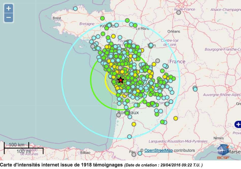Le séisme du 28 avril a été ressenti jusqu'à 350 km de l'épicentre (en rouge). Franceseisme.fr a recueilli plus de 1.498 témoignages (points verts, bleus, jaunes, gris). © BCSF (CNRS, université de Strasbourg), LDG (CEA-DASE), www.franceseisme.fr