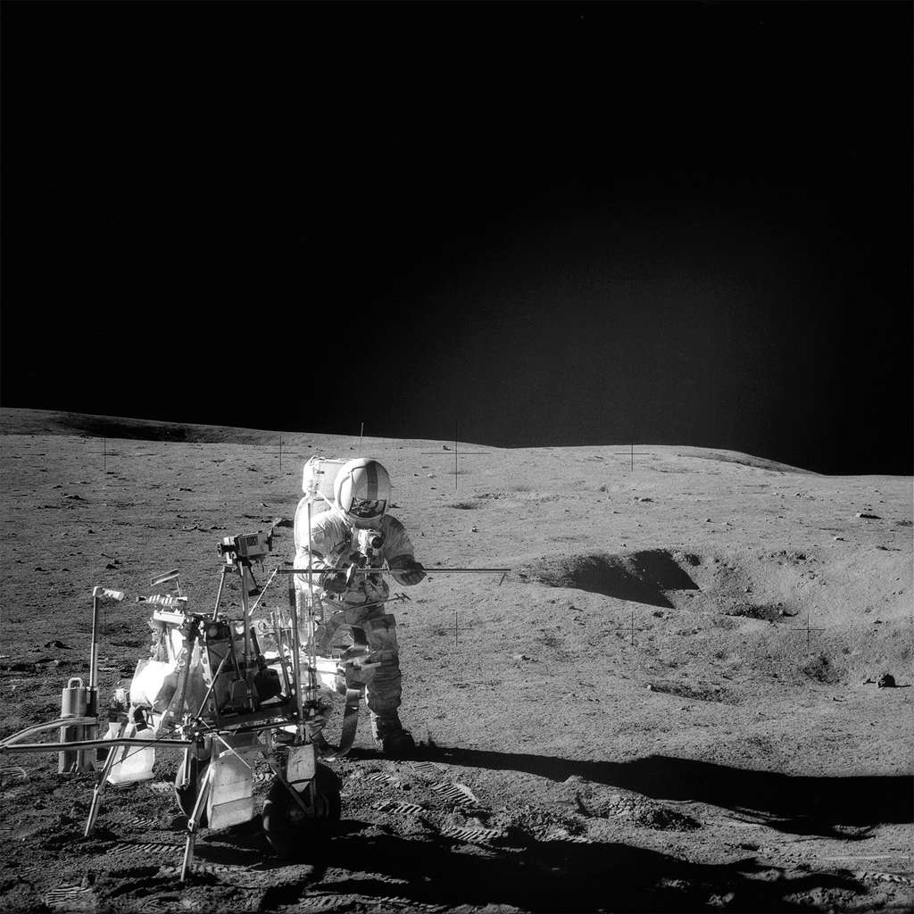 Les astronautes du programme Apollo, comme Alan B. Shepard Jr (Apollo 14), ont bénéficié d'une météorologie spatiale accommodante, de sorte qu'aucun d'entre eux n'a été affecté par une maladie liée à une dose trop élevée de rayonnements. © Nasa