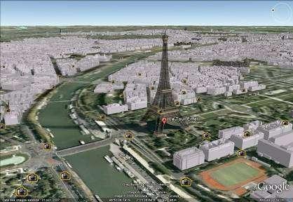 (cliquer pour agrandir) La Tour Eiffel et le 16ème arrondissement de Paris vus par Google Earth. (Crédits : Google)