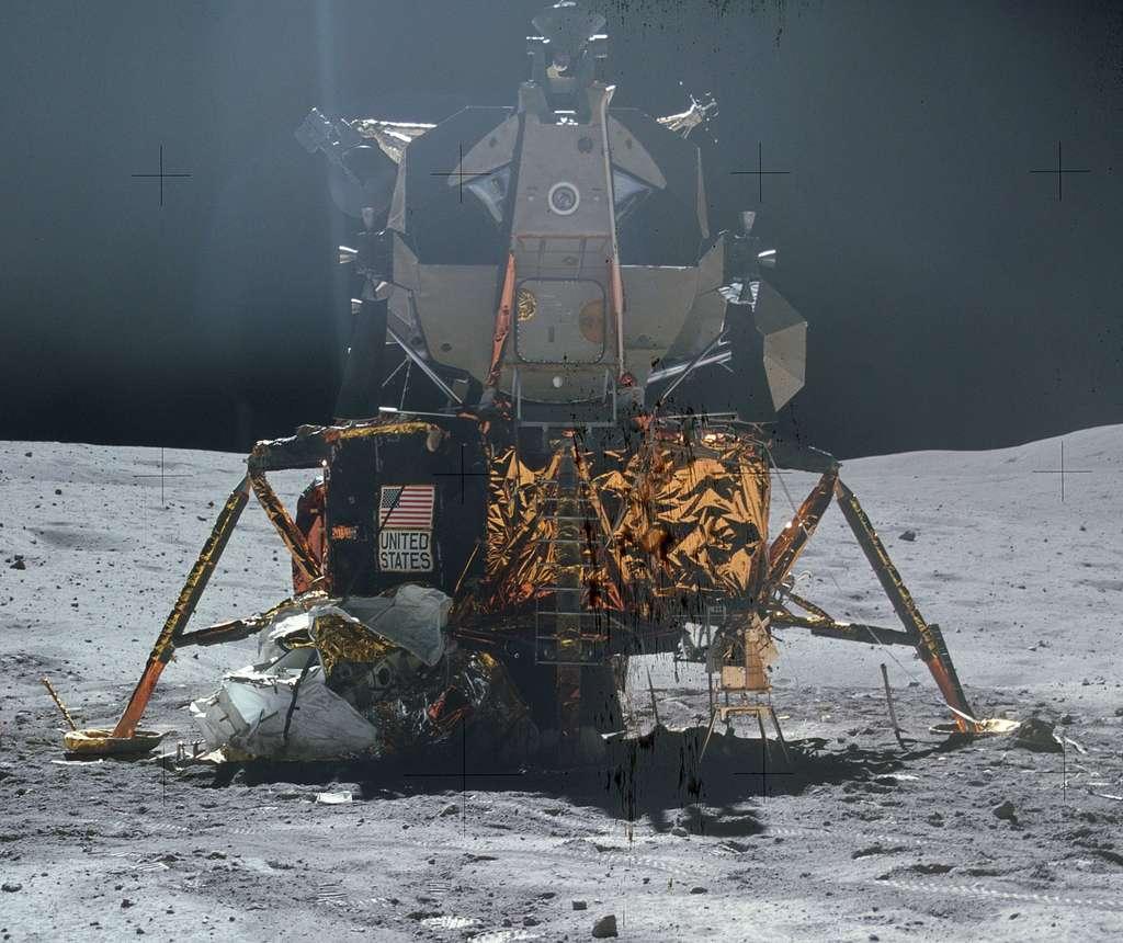 Une réplique taille réelle du module lunaire sera posée dans les jardins de la Cité de l'Espace, à Toulouse, à partir du 21 juillet 2019. Ici, le LM d'Apollo 16 à la surface de la Lune. © Nasa, Domaine Public