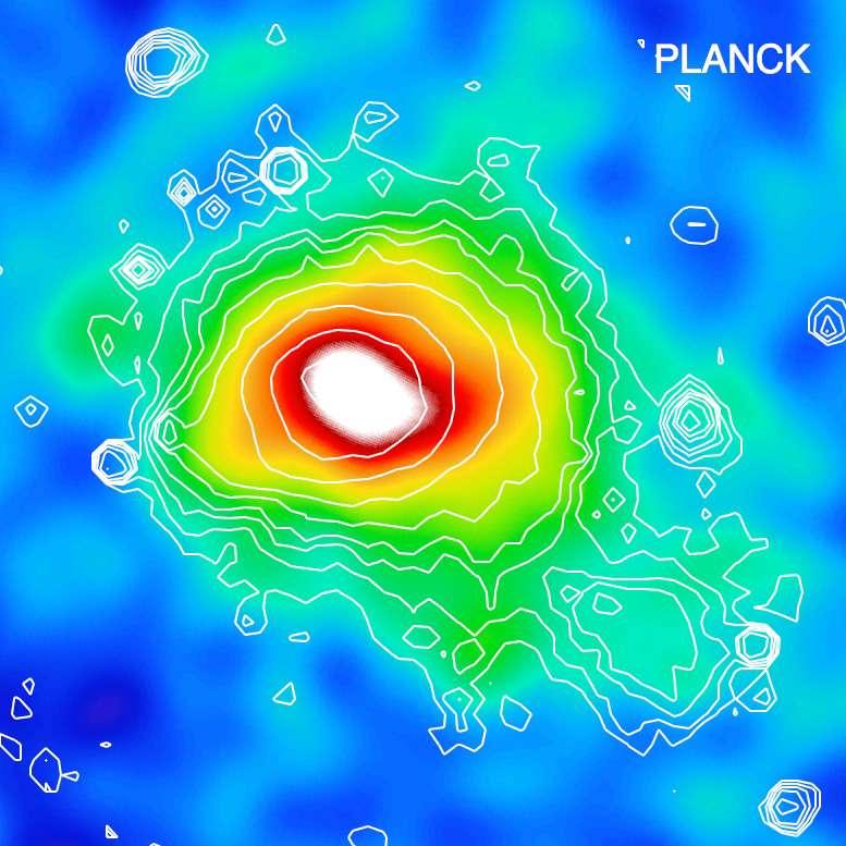 Sur cette image composite multifréquences obtenue avec Planck, on voit un effet SZ fort avec l'amas de Coma. © ESA, Planck HFI & LFI consortia, Rosat