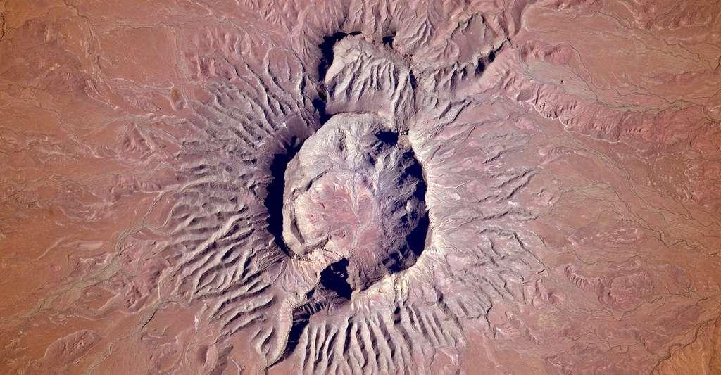 Brukkaros, un paysage incontournable en Namibie. © NASA, CCO