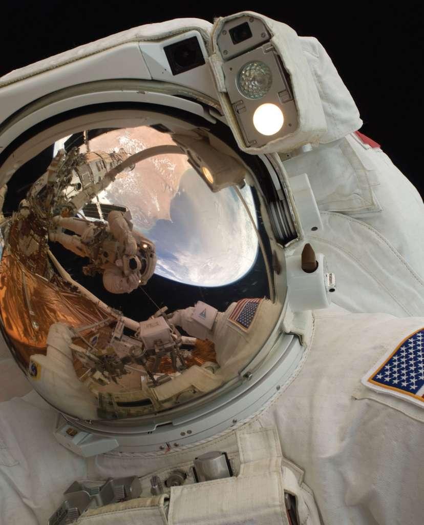 Un astronaute peut en cacher un autre