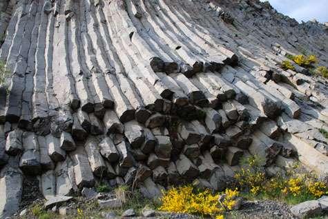 Paysages et roches, l'épiderme de notre planète. © DR