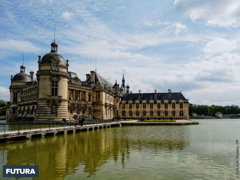 Château de Chantilly s'étend sur un parc de 7800 hectares