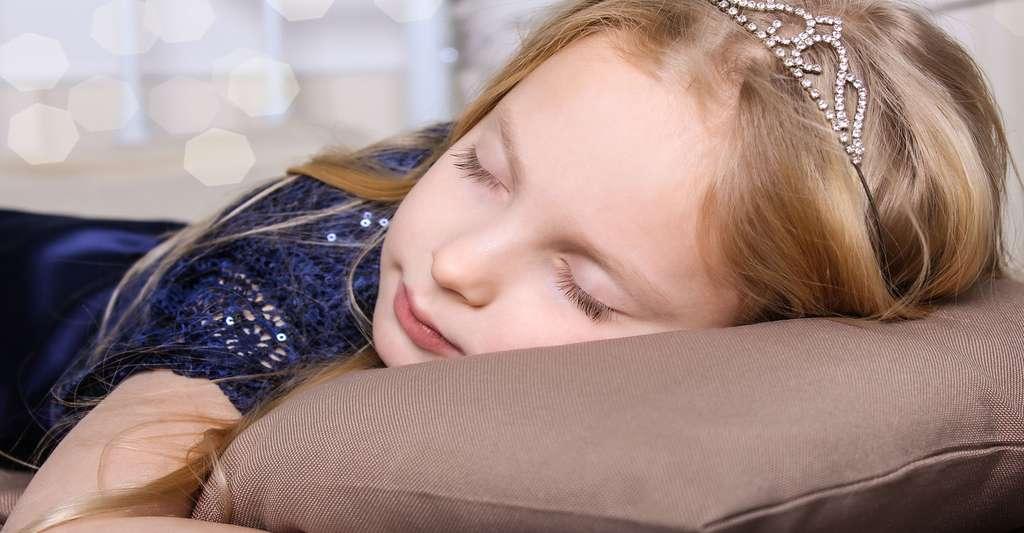 Le sommeil, un cycle en trois étapes. © Marianna Karabut, Shutterstock