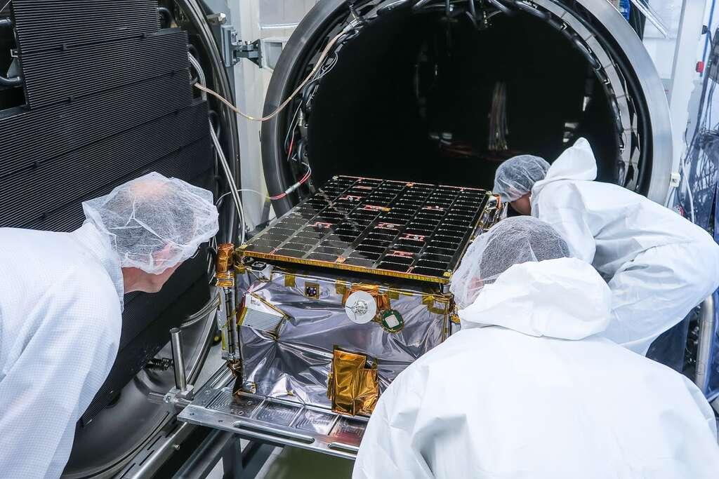 Les microsatellites de ICEYE, destinés à l'observation terrestre, ne pèsent pas plus de 85 kg. © ICEYE